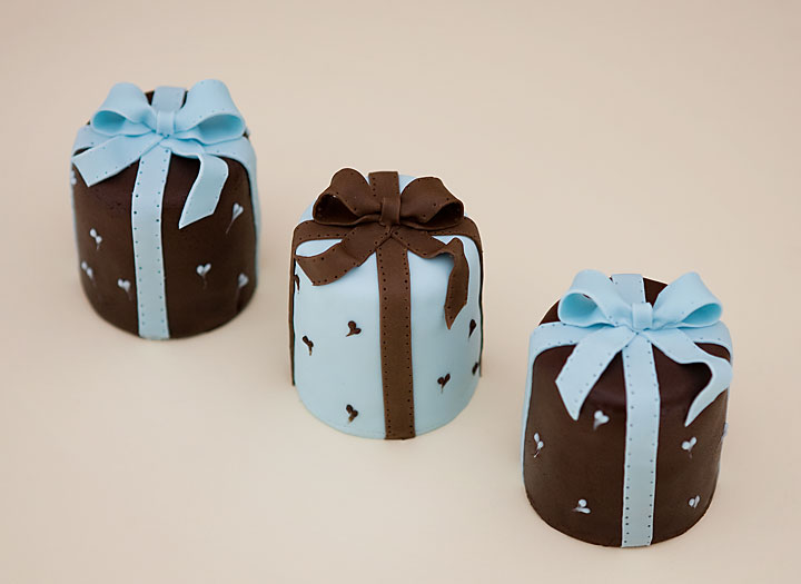 Turquoise & Chocolate Ribbon Individual Wedding Cake Parcels
