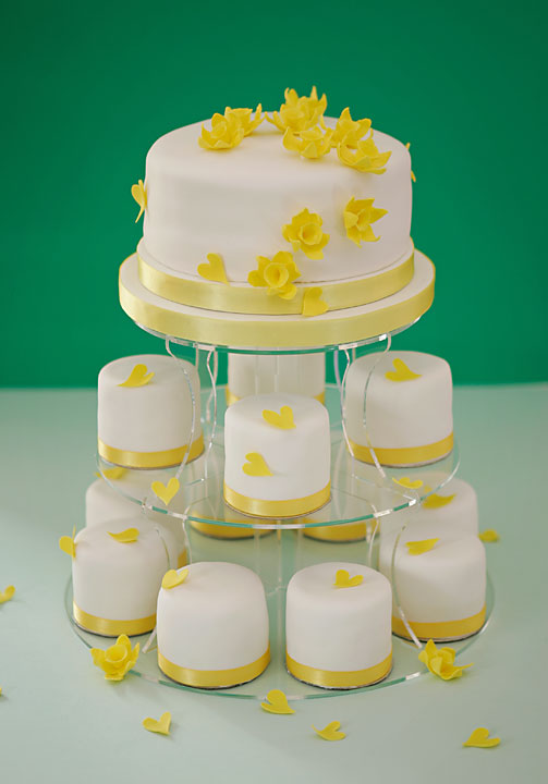 Yellow Daffodils & Hearts Individual Iced Wedding Cakes